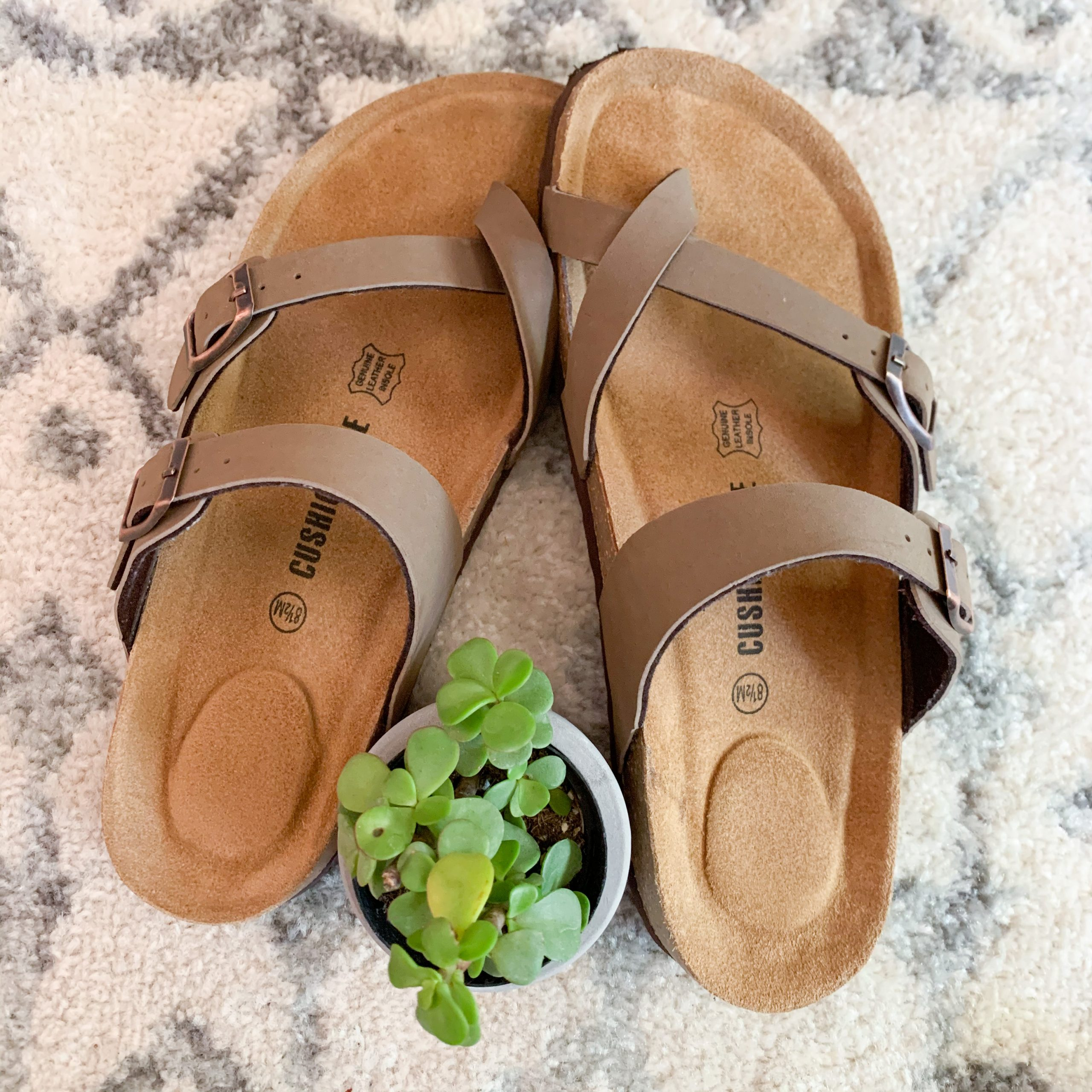 These Amazon Fashion women's cork sandals are the perfect summer sandals for moms! They are comfortable and budget friendly.